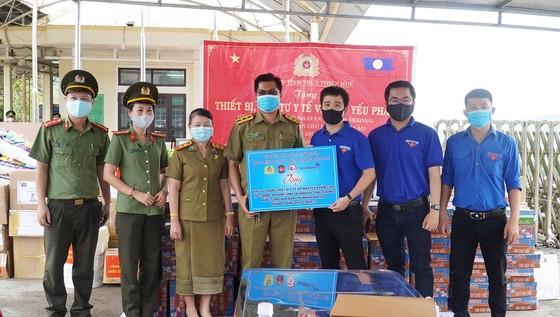 Nhiều đơn vị tại Thừa Thiên-Huế chung tay giúp nước bạn Lào phòng, chống dịch Covid-19 ảnh 3