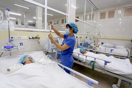 Bệnh viện Trung ương Huế đạt Giải thưởng Platinum trong điều trị đột quỵ ảnh 2