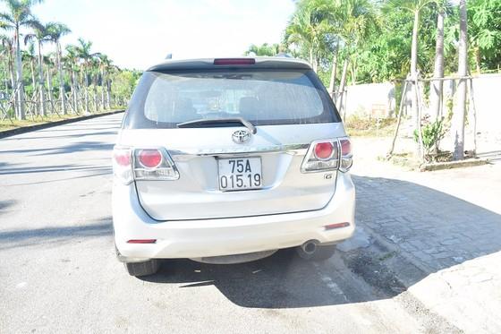 Chủ tịch UBND tỉnh Thừa Thiên – Huế yêu cầu xử nghiêm tài xế chở 6 người trốn cách ly ảnh 1