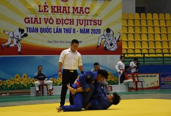 Các VĐV tranh tài sau lễ khai mạc Giải Vô địch Jujitsu toàn quốc lần thứ II năm 2020