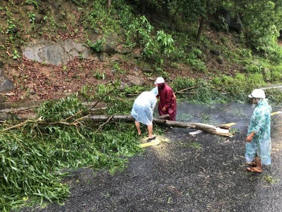 Quảng Nam lo sạt lở, Quảng Trị di dời khẩn hàng ngàn dân ảnh 14