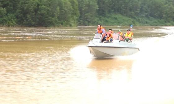 Vụ sạt lở tại Thủy điện Rào Trăng 3: Sau một tuần ứng cứu vẫn còn 15 người mất tích ảnh 8