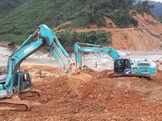 Nguy cơ mất an toàn rất cao tại khu vực Nhà máy Thủy điện Rào Trăng 3  ảnh 3