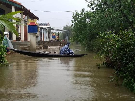 Hồ thủy điện đồng loạt điều tiết nước về hạ lưu, hàng ngàn hộ dân di dời khẩn cấp ảnh 3