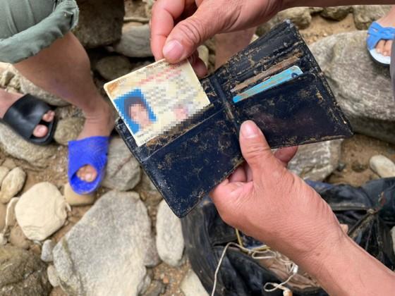 Huy động thêm máy múc tìm kiếm các nạn nhân mất tích tại Thủy điện Rào Trăng 3 ảnh 1