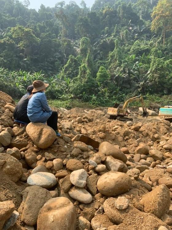 Lật tung hơn 30.000 khối đất đá vẫn không tìm thấy nạn nhân Thủy điện Rào Trăng 3 ảnh 3