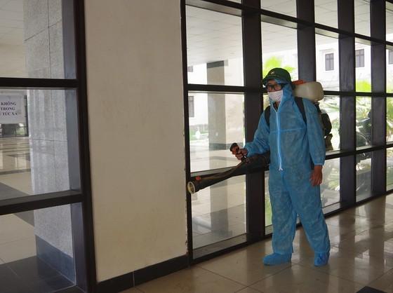 Ghi nhận ca nghi dương tính SARS-CoV-2, Thừa Thiên - Huế giãn cách xã hội 4 xã, thị trấn ảnh 3