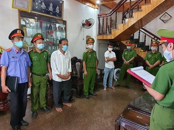 Bắt nguyên Phó Trưởng Phòng VHTT tham gia kê khống 353 mộ giả tại Huế ảnh 2