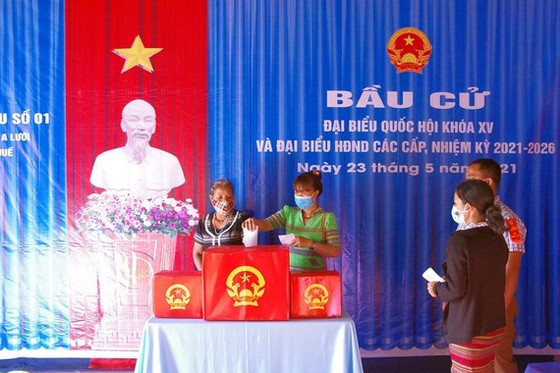 Thừa Thiên – Huế công bố danh sách 51 người trúng cử HĐND tỉnh khóa VIII ảnh 1