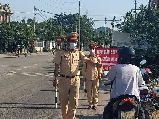 Vì sao Huế vẫn cách ly 21 ngày đối với công dân đến từ vùng dịch Đà Nẵng? ảnh 1