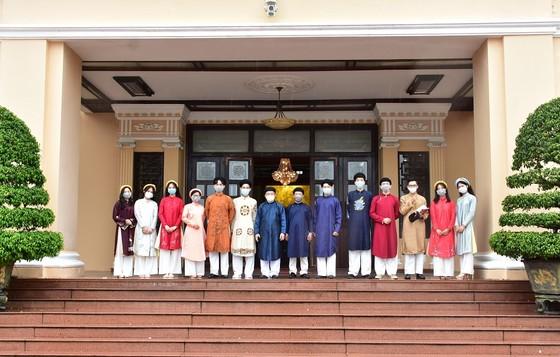 Lần đầu đón học sinh tham quan trụ sở UBND tỉnh Thừa Thiên – Huế  ảnh 2