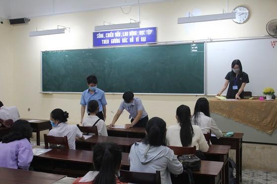Thừa Thiên – Huế: 147 thí sinh đạt điểm 10 môn Giáo dục công dân ảnh 1