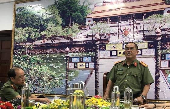 Vụ tham ô tại Cảng hàng không quốc tế Phú Bài: Công an tạm giữ 9,27 tỷ đồng ảnh 1