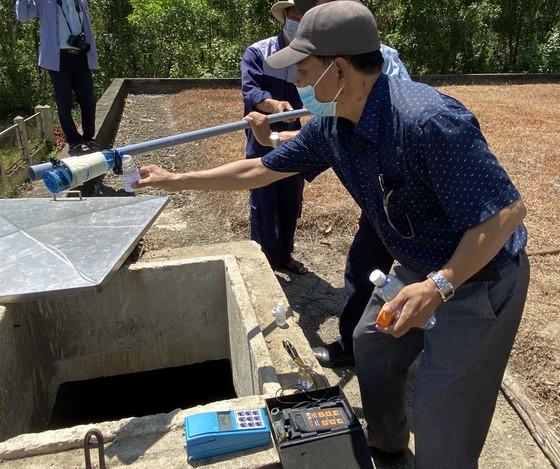 Sự cố nhà máy Chân Mây cung cấp nước bẩn, đục cho người dân: Lấy mẫu xét nghiệm chất lượng nước ảnh 1