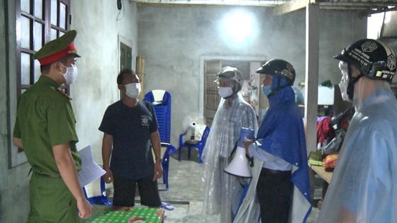 Các tỉnh miền Trung khẩn trương ứng phó bão số 5 đổ bộ  ảnh 9