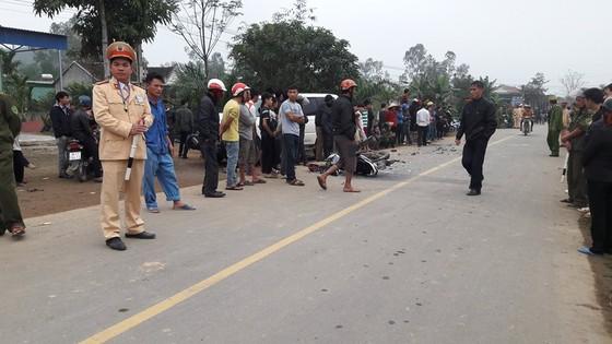 Va chạm giữa xe ô tô và xe máy, 3 người tử vong ở Hà Tĩnh ảnh 2