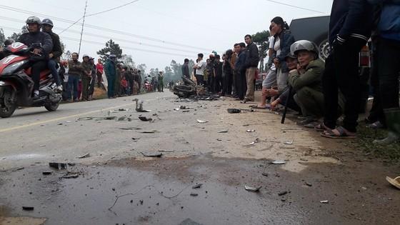 Va chạm giữa xe ô tô và xe máy, 3 người tử vong ở Hà Tĩnh ảnh 1