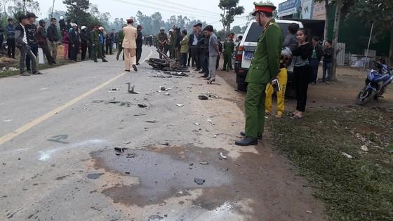 Va chạm giữa xe ô tô và xe máy, 3 người tử vong ở Hà Tĩnh ảnh 4