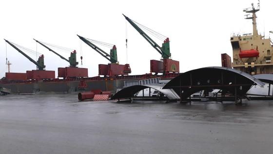 Cảng Vũng Áng, Hà Tĩnh đón nhiều tàu trọng tải lớn đầu năm 2018 ảnh 4