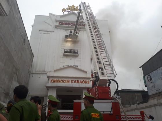 Cháy lớn tại Karaoke Kingdom Club ở Hà Tĩnh ảnh 10