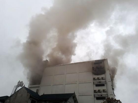 Cháy lớn tại Karaoke Kingdom Club ở Hà Tĩnh ảnh 11