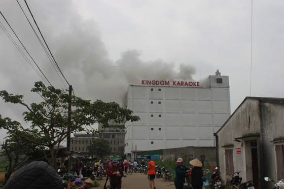 Cháy lớn tại Karaoke Kingdom Club ở Hà Tĩnh ảnh 5