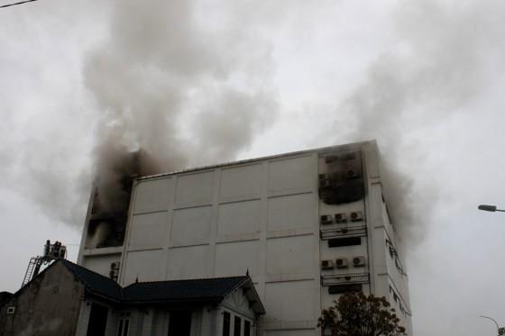 Cháy lớn tại Karaoke Kingdom Club ở Hà Tĩnh ảnh 6