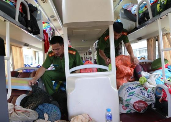 Bắt quả tang vụ vận chuyển trái phép động vật hoang dã từ Lào về Việt Nam ảnh 1