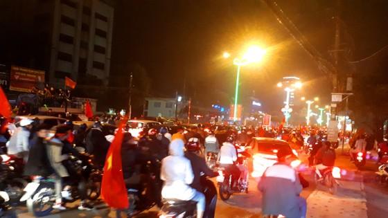 Một đêm thức trắng cùng chiến tích của tuyển Việt Nam ảnh 15