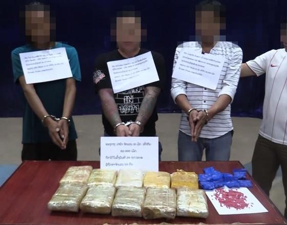 Triệt phá vụ vận chuyển 62.000 viên ma túy từ Lào về Việt Nam ảnh 1