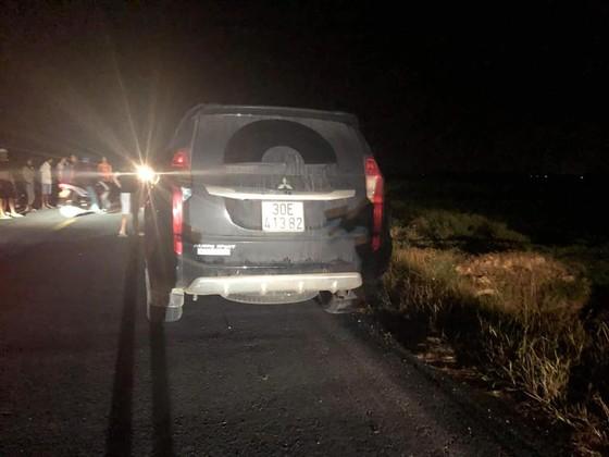 Khởi tố tài xế ô tô va chạm với xe máy điện làm 3 em nhỏ tử vong ảnh 1