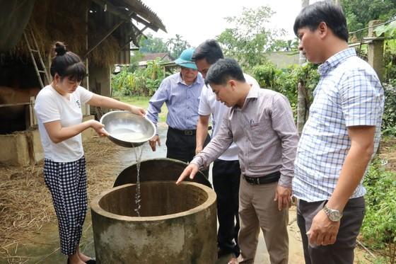 Bộ đội Biên phòng Hà Tĩnh nỗ lực giúp các trường học khắc phục mưa lũ, khai giảng năm học mới ảnh 12