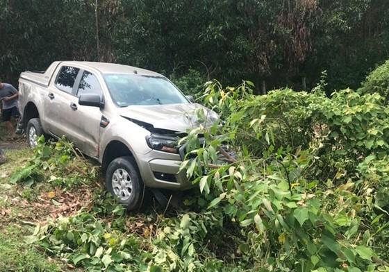 Va chạm với ô tô, 2 vợ chồng bị tử vong ảnh 1