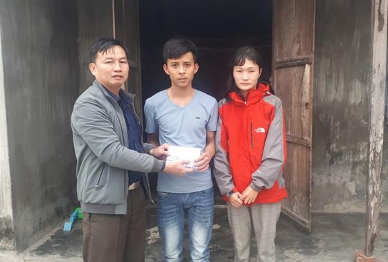 Báo SGGP trao 40,2 triệu đồng cho gia đình khó khăn ở Hà Tĩnh ảnh 2