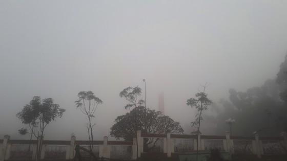 Sương mù phủ kín ở Hà Tĩnh ảnh 10