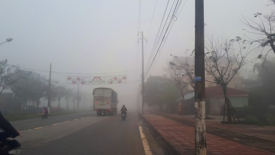 Sương mù phủ kín ở Hà Tĩnh ảnh 8