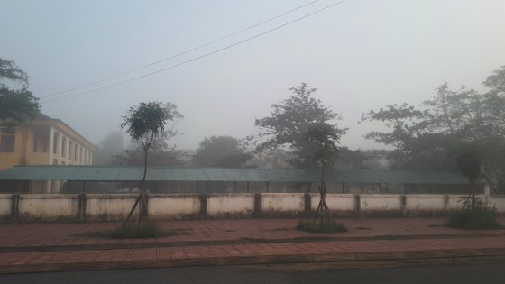 Sương mù phủ kín ở Hà Tĩnh ảnh 14