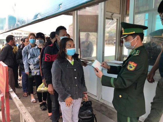 4 người ở Hà Tĩnh đi trên chuyến bay QR 968 âm tính với Covid-19 ảnh 2