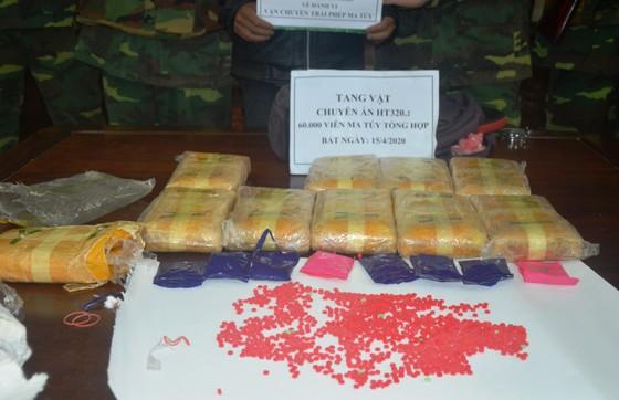 Bắt quả tang đối tượng vận chuyển 60.000 viên ma túy tổng hợp qua biên giới ảnh 4