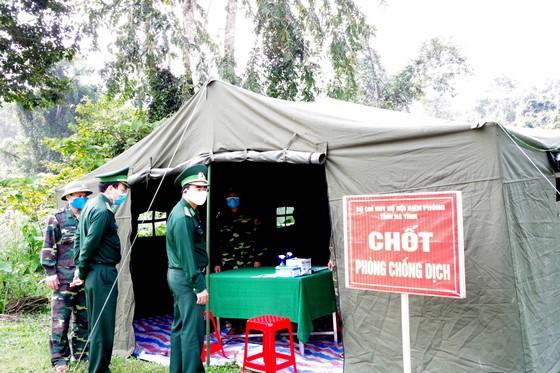 Phát hiện 20 trường hợp nhập cảnh trái phép qua biên giới vào Việt Nam ảnh 2
