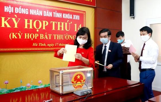 Ông Nguyễn Hồng Lĩnh được bầu giữ chức Phó Chủ tịch UBND tỉnh Hà Tĩnh ảnh 4