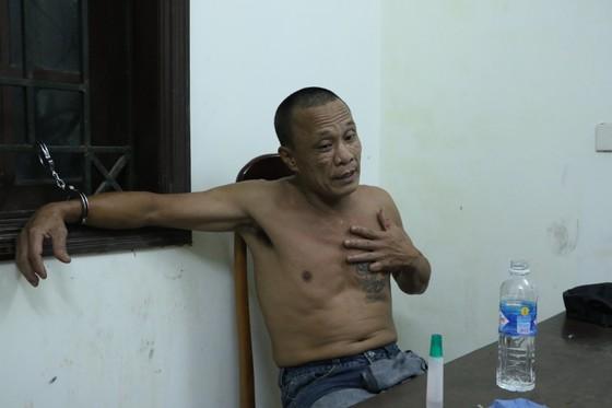 Bắt giữ nghi phạm giết người ở thị xã Hồng Lĩnh sau 8 giờ lẩn trốn ảnh 1