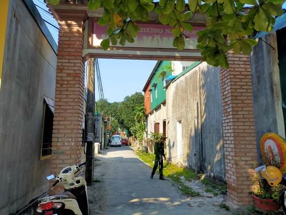 Bắt giữ nghi phạm giết người ở thị xã Hồng Lĩnh sau 8 giờ lẩn trốn ảnh 3