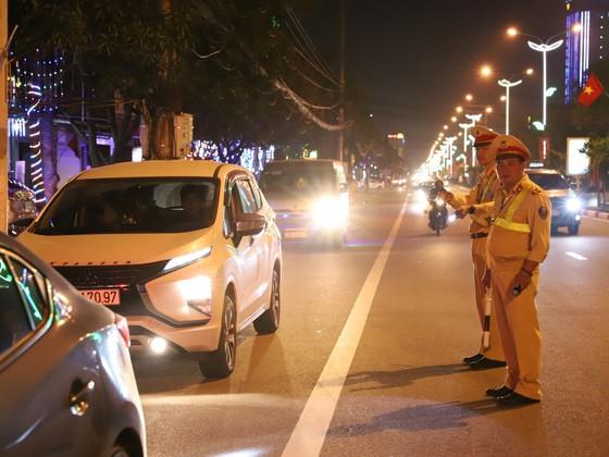 Hà Tĩnh: Xử phạt trên 7.000 trường hợp, tạm giữ 1.100 phương tiện ảnh 1