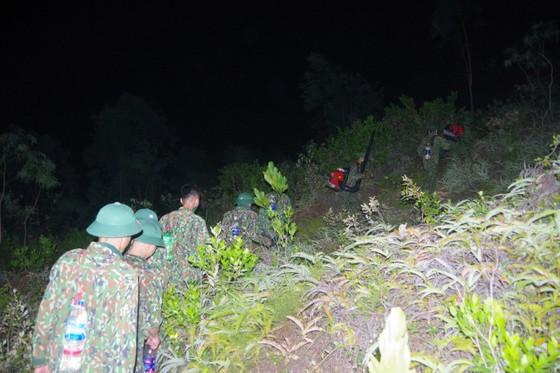 Cơ bản khống chế được đám cháy rừng ở Hà Tĩnh ảnh 13