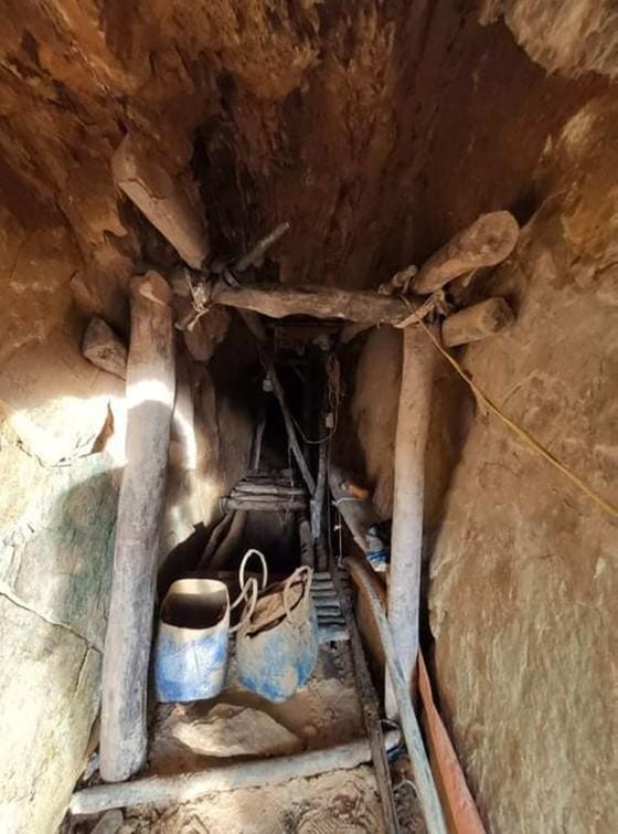Phát hiện 2 vụ khai thác vàng trái phép trong đêm ở Hà Tĩnh ảnh 1
