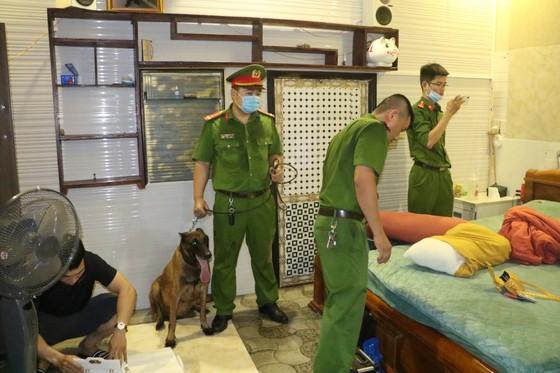 Bắt khẩn cấp đối tượng mua bán trái phép chất ma túy ở Hà Tĩnh ảnh 1