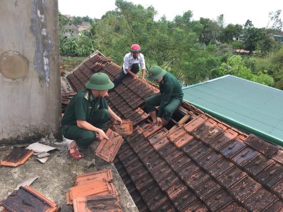 Lốc xoáy gây thiệt hại hàng tỷ đồng ở hai xã ven biển Hà Tĩnh ảnh 3