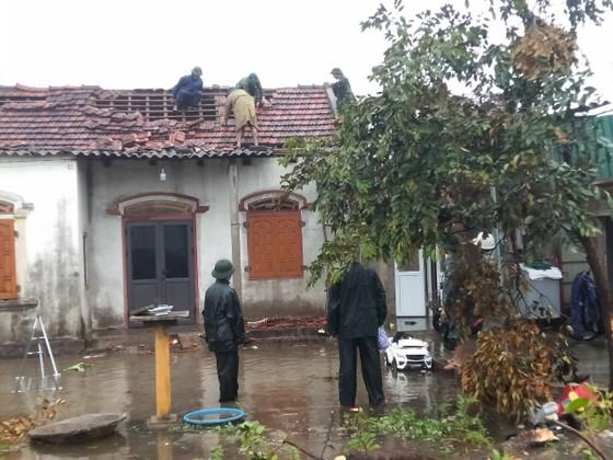 Lốc xoáy gây thiệt hại hàng tỷ đồng ở hai xã ven biển Hà Tĩnh ảnh 8