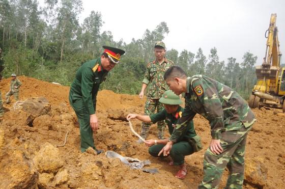 Hà Tĩnh xử lý 2 quả bom còn sót lại sau chiến tranh ảnh 17
